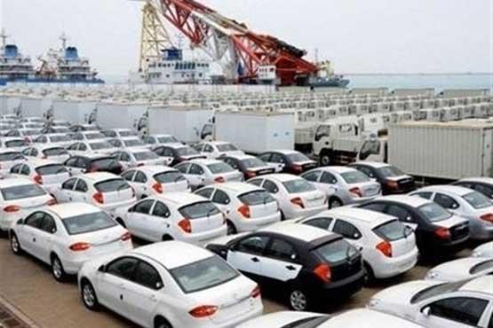 شیوه ترخیص خودرو های وارداتی حاشیه ساز شد