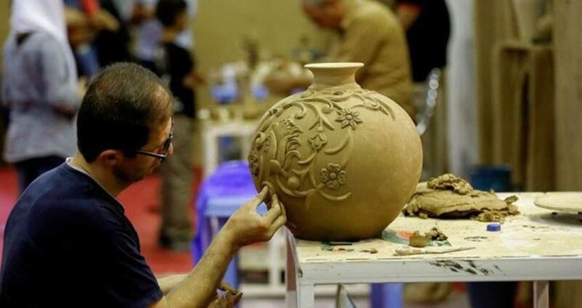 هنرمندان صنایع دستی و راهنمای گردشگران بیمه می شوند