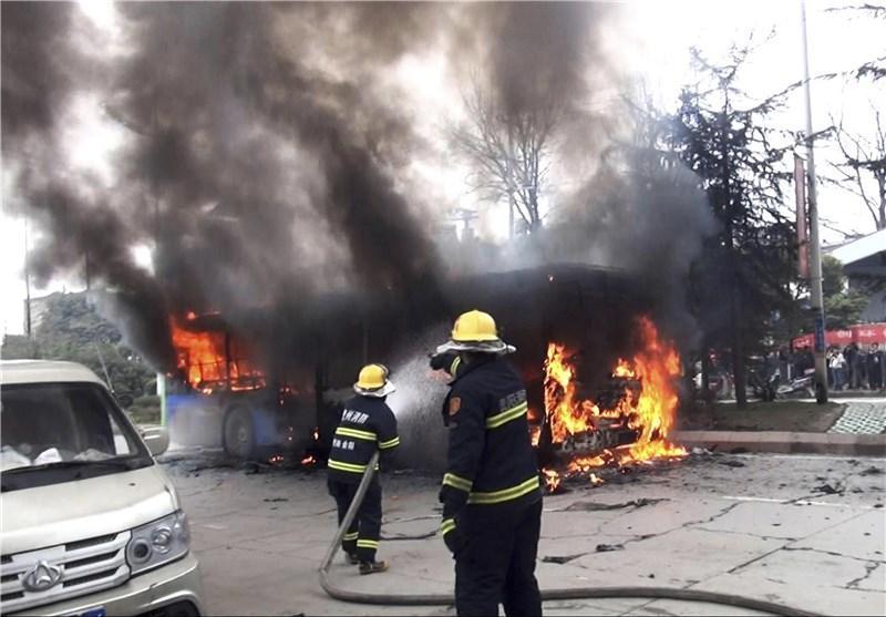کامیون چینی در اتوبان آتش گرفت