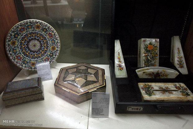 هنرهای سنتی ایران در نمایشگاه میلان با استقبال روبه رو شد