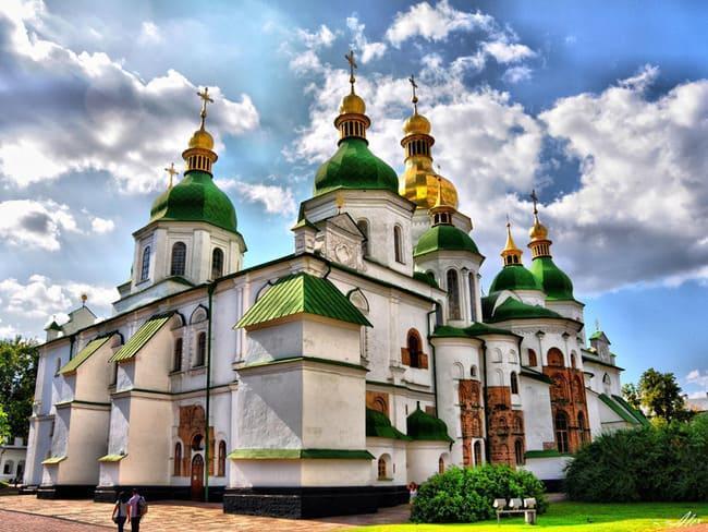 آشنایی با هفت عجایب کشور اوکراین