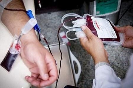 مردم مطمئن باشند با اهدای خون کرونا نمی گیرند