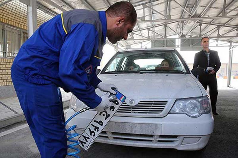 رئیس پلیس راهور ناجا : شماره گذاری خودرو های جدید الکترونیکی می گردد