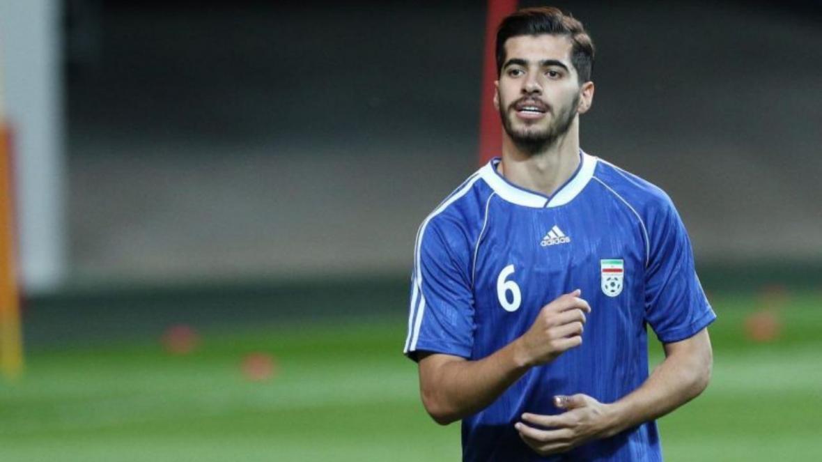 خبرنگاران عزت اللهی: امیدوارم با صعود دوباره به جام جهانی دل مردم را شاد کنیم