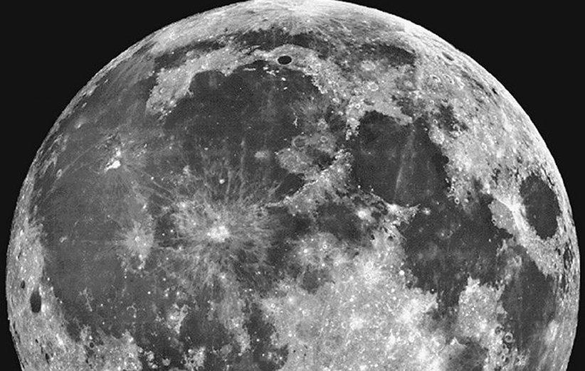ماه شاید از آن چه تصور می شد جوان تر باشد