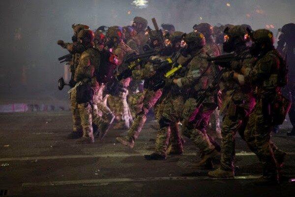 در ادامه اعتراضات آمریکا، در پورتلند شرایط آشوب اعلام شد