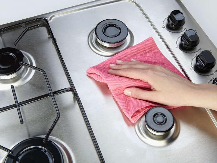 تمیز کردن گاز استیل با چند ترفند ساده