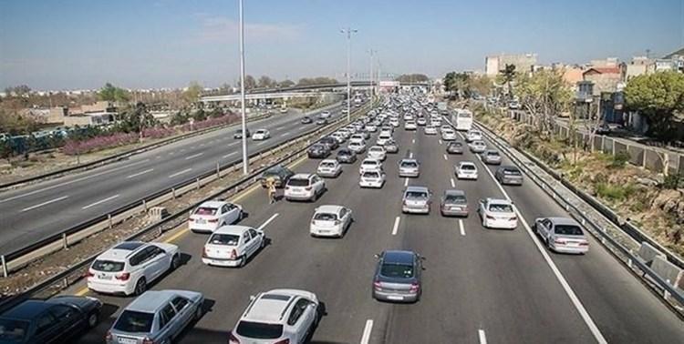 ترافیک سنگین در جاده فشم- تهران