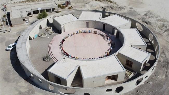 صدمین مدرسه ایران من، مدرسه ای برای توسعه پایدار محلی