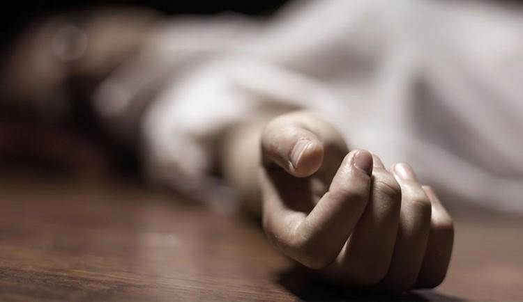 مرگ زن مسافر در فرودگاه امام با 150 گرم هروئین در معده!