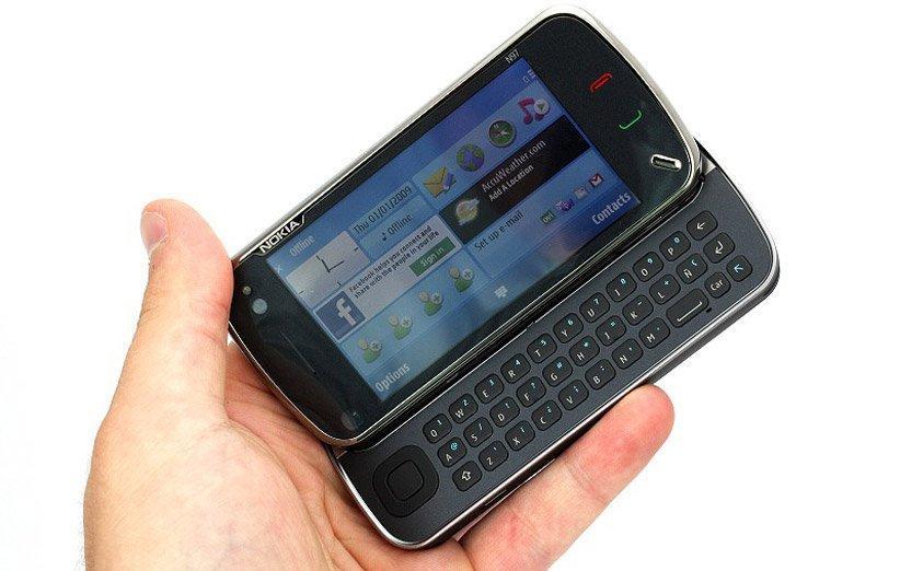 نوکیا N97؛ گوشی هوشمندی که قرار بود قاتل آیفون باشد