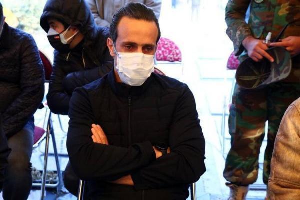 حمله علی کریمی به فدراسیون به خاطر زنان