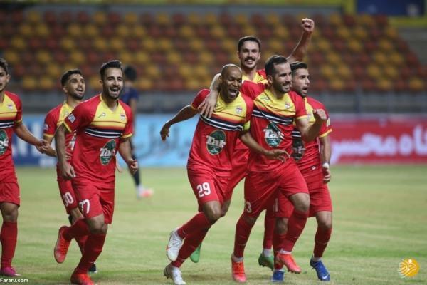 (ویدیو) خلاصه بازی فولاد خوزستان 1 - 0 گل گهر 18 اردیبهشت 00