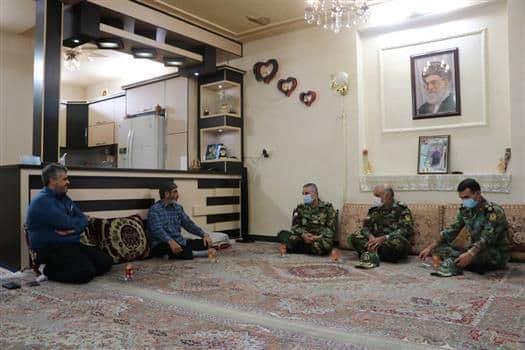 ملاقات فرمانده کل ارتش با سرهنگ دوم جانباز محمد کاووسی